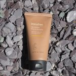 Innisfree-Jeju-Volcanic-Pore-Scrub-Foam-shopandshop2